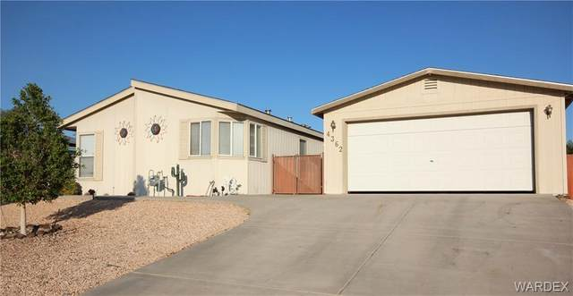 4362 S Sunrise Vista Circle, Fort Mohave, AZ 86426 (MLS #974649) :: The Lander Team