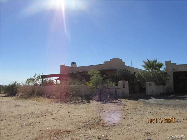 6309 N Laguna Road, Golden Valley, AZ 86413 (MLS #974673) :: The Lander Team