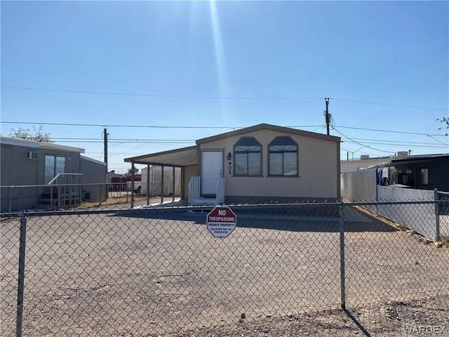 902 Harbor Drive, Bullhead, AZ 86442 (MLS #974870) :: The Lander Team