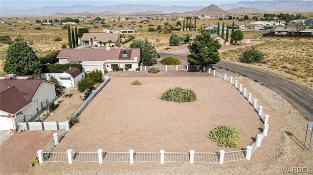 7606 E Chuckawalla Drive, Kingman, AZ 86401 (MLS #974871) :: The Lander Team