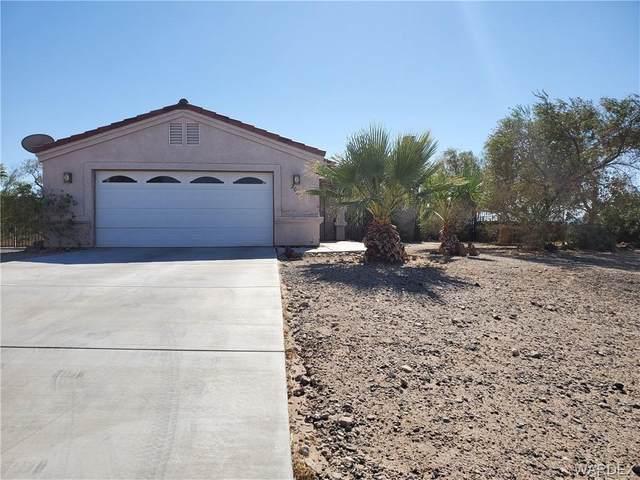 2036 E Hammer Lane, Fort Mohave, AZ 86426 (MLS #974888) :: The Lander Team