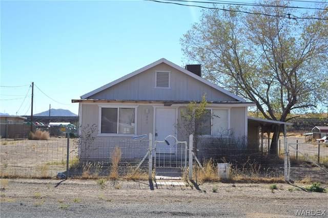 940 Buchanan Street, Kingman, AZ 86401 (MLS #975147) :: The Lander Team