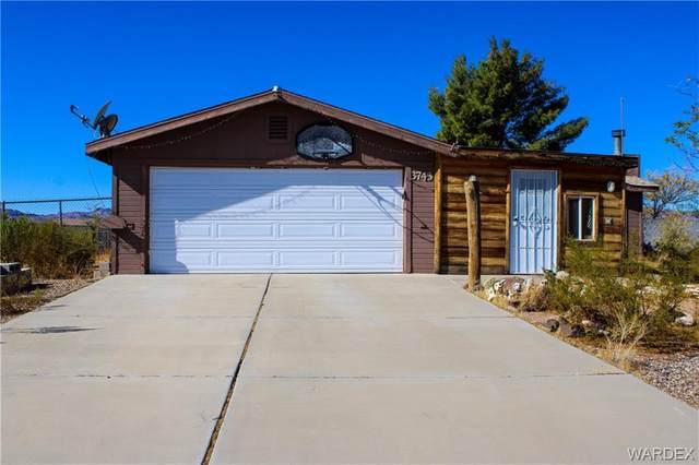 3743 N Laguna Road, Golden Valley, AZ 86413 (MLS #975274) :: The Lander Team