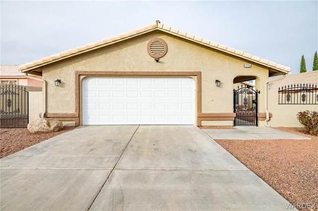 1715 Colby Drive, Kingman, AZ 86409 (MLS #975650) :: The Lander Team