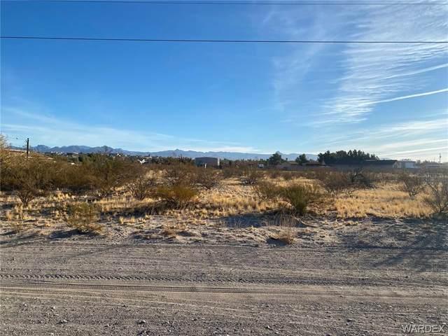 5350 S Cholla Drive, Fort Mohave, AZ 86426 (MLS #976412) :: The Lander Team
