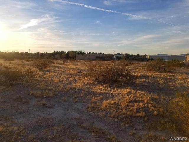 1920 E Hammer Lane, Fort Mohave, AZ 86426 (MLS #976451) :: The Lander Team
