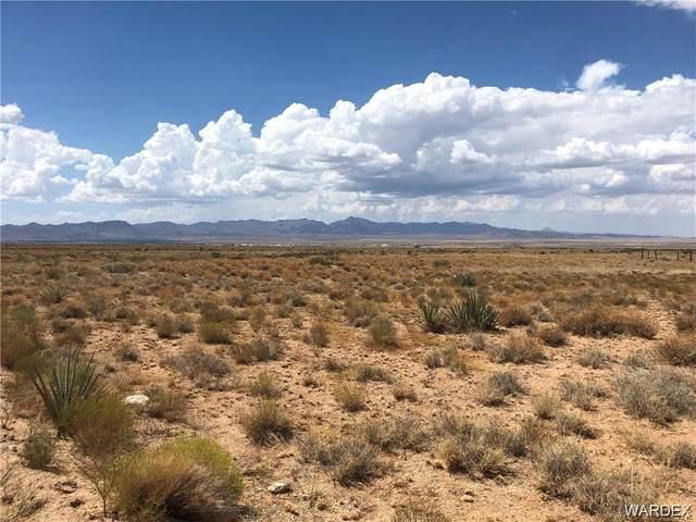 13D El Paso Drive, Kingman, AZ 86409 (MLS #976509) :: The Lander Team