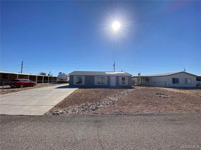 5504 S Topaz Street, Fort Mohave, AZ 86426 (MLS #976889) :: AZ Properties Team | RE/MAX Preferred Professionals