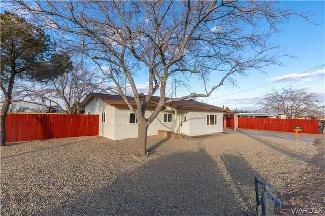 815 E Berk Avenue, Kingman, AZ 86409 (MLS #976891) :: AZ Properties Team | RE/MAX Preferred Professionals