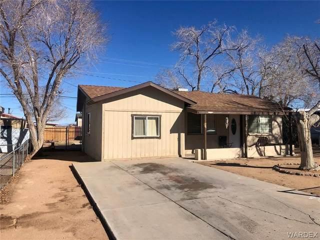 2237 Davis Avenue, Kingman, AZ 86401 (MLS #977227) :: The Lander Team