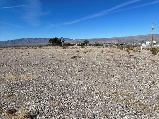 2494 Riverview Drive, Bullhead, AZ 86442 (MLS #977295) :: The Lander Team