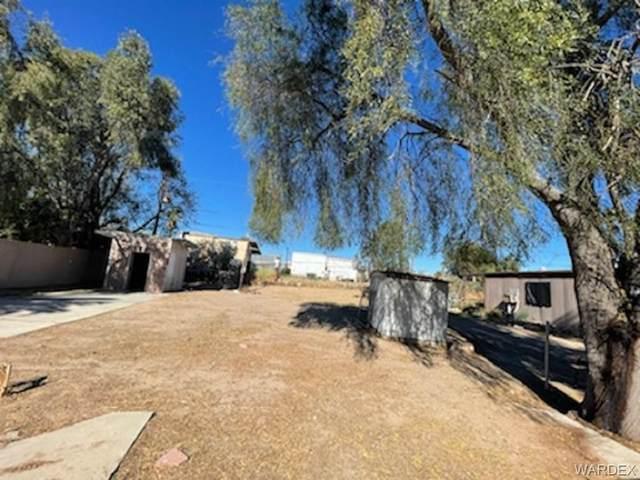 739 Malibu Drive, Bullhead, AZ 86442 (MLS #977828) :: The Lander Team