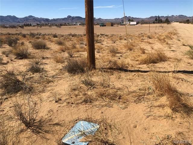 . S Colorado Road, Golden Valley, AZ 86413 (MLS #977926) :: The Lander Team