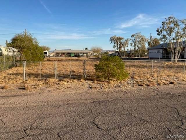 12624 Mesa Circle, Topock/Golden Shores, AZ 86436 (MLS #978195) :: The Lander Team