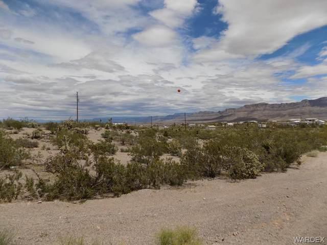 30290 N Sandy Point Drive, Meadview, AZ 86444 (MLS #978211) :: AZ Properties Team | RE/MAX Preferred Professionals