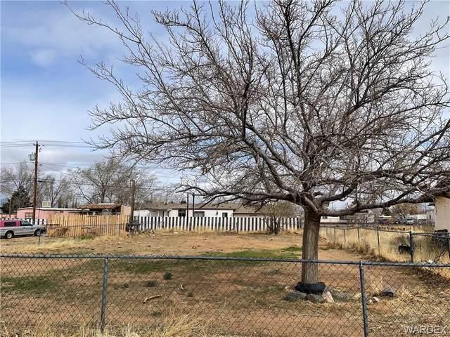 3901 E Butler Avenue, Kingman, AZ 86409 (MLS #978327) :: The Lander Team