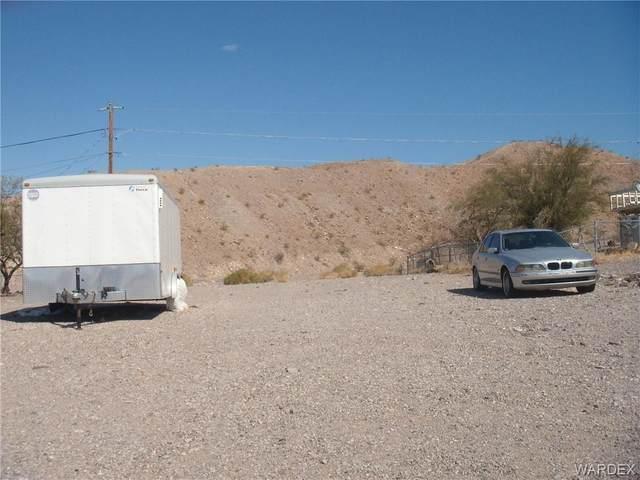 1889 Gloria Ave, Bullhead, AZ 86442 (MLS #978422) :: The Lander Team