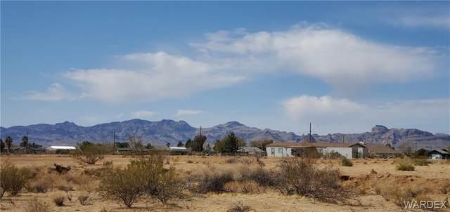 TBD Verde, Golden Valley, AZ 86413 (MLS #979521) :: The Lander Team