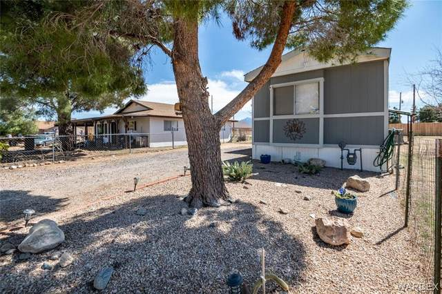 2930 E Devlin Avenue, Kingman, AZ 86409 (MLS #979847) :: The Lander Team