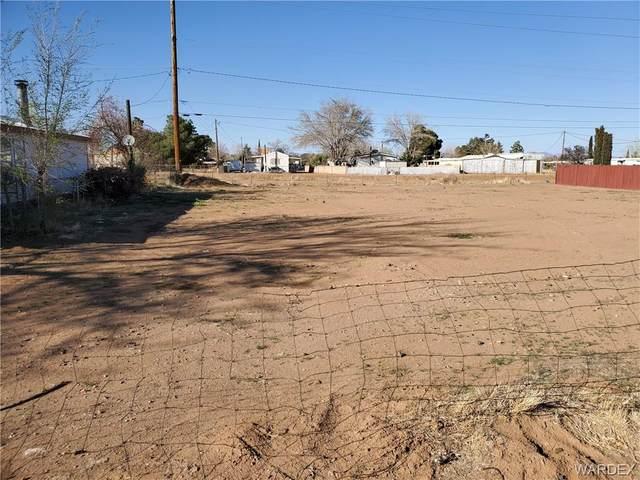 2045 E John L Avenue, Kingman, AZ 86409 (MLS #979874) :: AZ Properties Team | RE/MAX Preferred Professionals