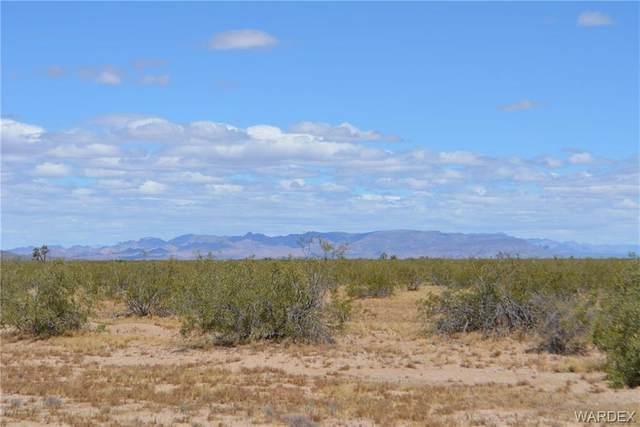 Parcel 979A Gene Autry Road, Yucca, AZ 86438 (MLS #979948) :: The Lander Team