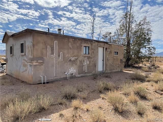 5540 N Eric Drive, Kingman, AZ 86401 (MLS #980005) :: AZ Properties Team | RE/MAX Preferred Professionals