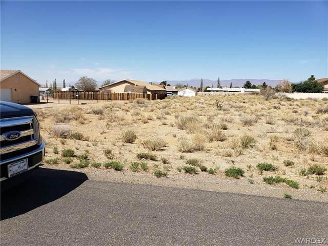 7699 E Sugarloaf Street, Kingman, AZ 86401 (MLS #980092) :: The Lander Team