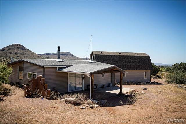 3281 N Quail Nest Road, Kingman, AZ 86401 (MLS #980197) :: The Lander Team
