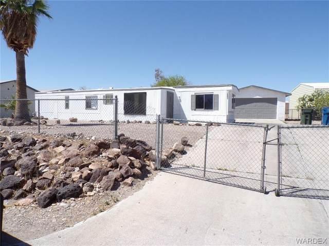 1621 Dean Drive, Bullhead, AZ 86442 (MLS #980214) :: The Lander Team