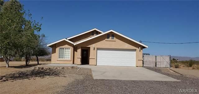 811 S Hassayampa Road, Golden Valley, AZ 86413 (MLS #980287) :: AZ Properties Team | RE/MAX Preferred Professionals