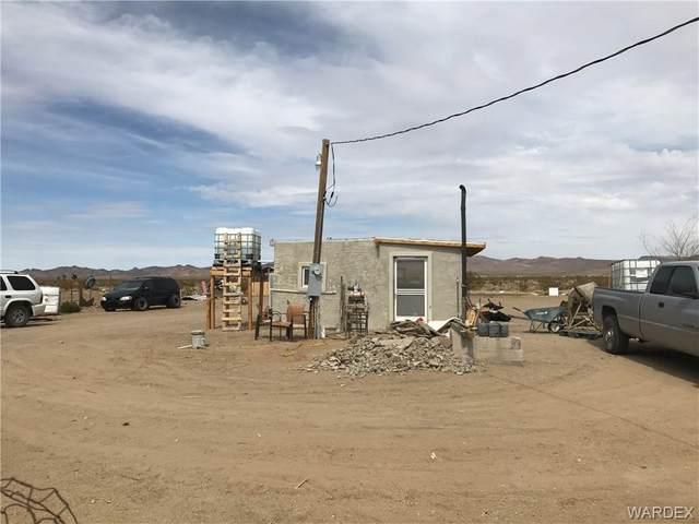 15289 Del Norte, Dolan Springs, AZ 86441 (MLS #980411) :: The Lander Team