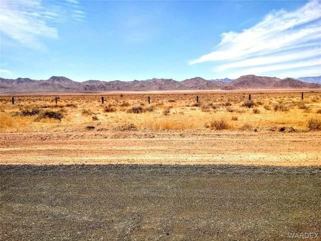 10353 N Monte Vista Drive, Kingman, AZ 86401 (MLS #980420) :: AZ Properties Team | RE/MAX Preferred Professionals