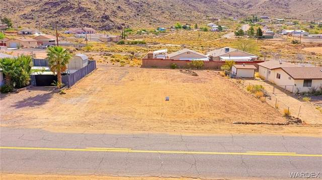 4122 N Sundown Drive, Golden Valley, AZ 86413 (MLS #980439) :: AZ Properties Team | RE/MAX Preferred Professionals