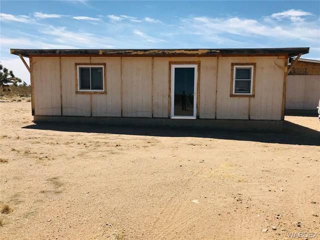1776 W Bronco Drive, Yucca, AZ 86438 (MLS #980481) :: AZ Properties Team | RE/MAX Preferred Professionals