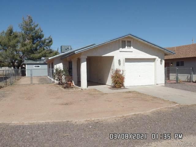2305 E Mcvicar Avenue, Kingman, AZ 86409 (MLS #980727) :: The Lander Team