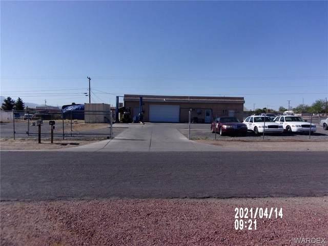 2250 E Butler Avenue, Kingman, AZ 86409 (MLS #980859) :: The Lander Team