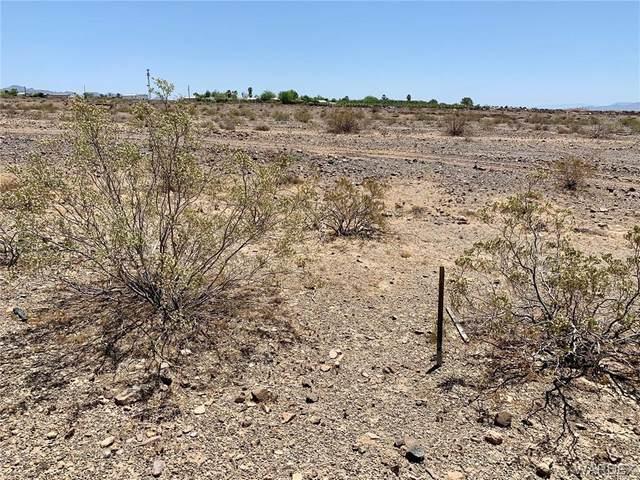 3180 E Boundary Cone Road, Mohave Valley, AZ 86440 (MLS #980980) :: AZ Properties Team   RE/MAX Preferred Professionals