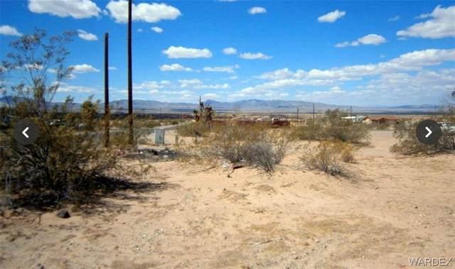 5067 Maricopa Drive, Topock/Golden Shores, AZ 86436 (MLS #981050) :: AZ Properties Team   RE/MAX Preferred Professionals