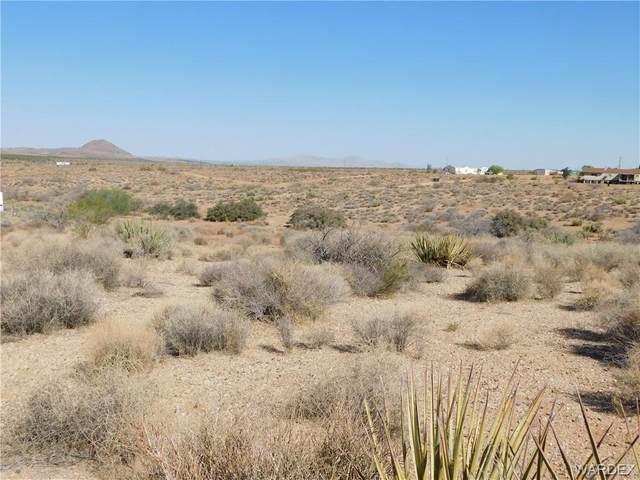 0000 Sleigh Drive, Golden Valley, AZ 86413 (MLS #981104) :: The Lander Team