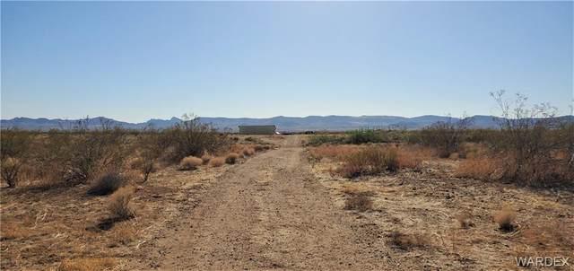 TBD Eisenhower Road, Golden Valley, AZ 86413 (MLS #981121) :: The Lander Team