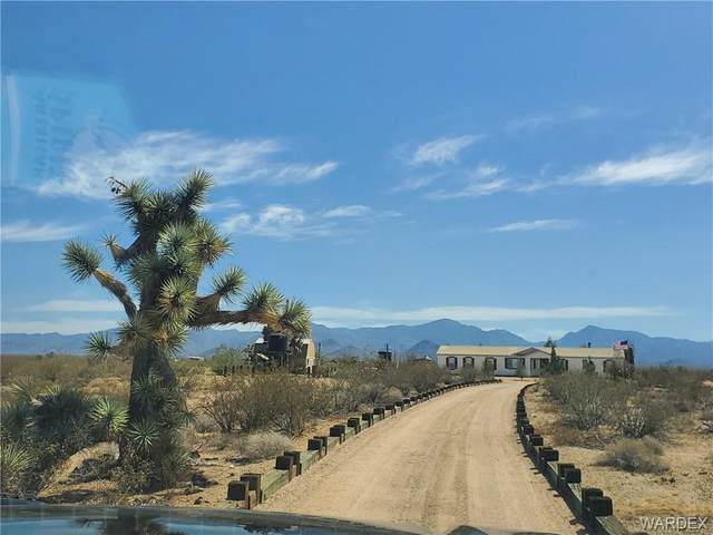 19100 S Gene Autry Road, Yucca, AZ 86438 (MLS #981183) :: The Lander Team