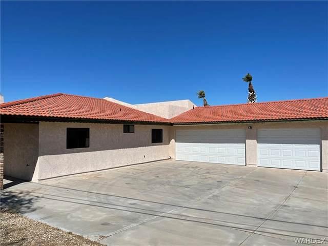 3218 Sycamore Avenue, Bullhead, AZ 86429 (MLS #981648) :: The Lander Team
