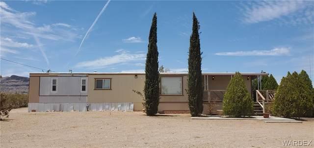 1629 S Estrella Road, Golden Valley, AZ 86413 (MLS #981831) :: The Lander Team