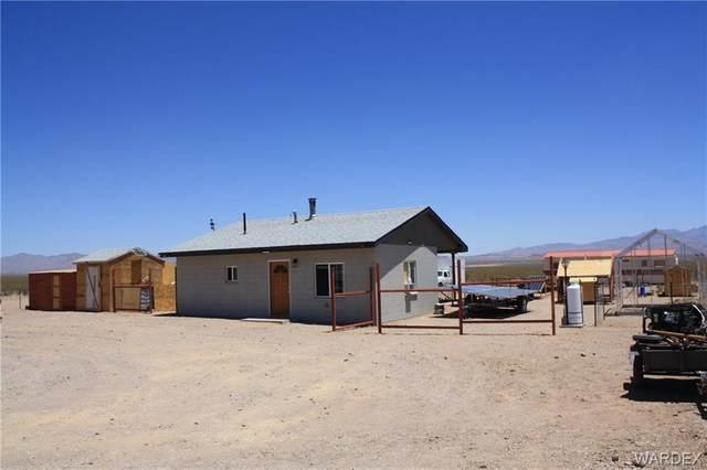 3948 S Flint Road, Golden Valley, AZ 86413 (MLS #981933) :: The Lander Team