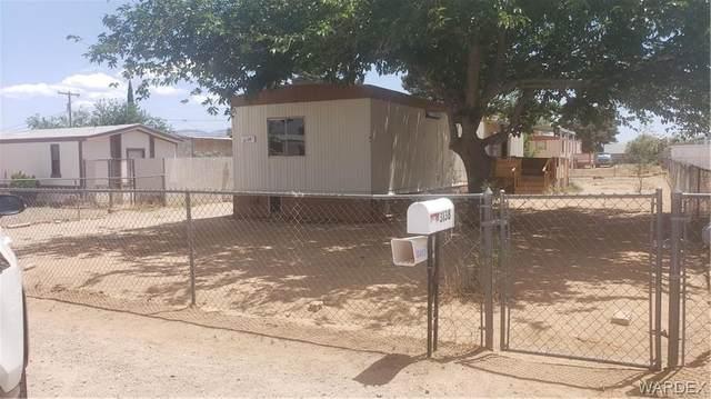 3138 E Northfield Avenue, Kingman, AZ 86409 (MLS #981961) :: The Lander Team