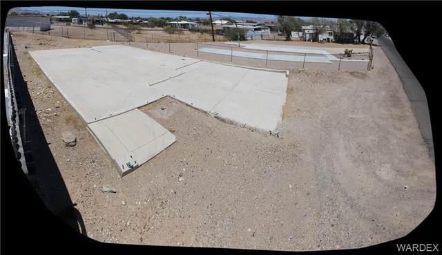 949, 953, 957 Harbor Drive, Bullhead, AZ 86442 (MLS #982047) :: The Lander Team