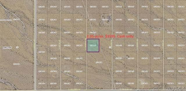 4884 S Muscovite Road, Golden Valley, AZ 86413 (MLS #982203) :: The Lander Team