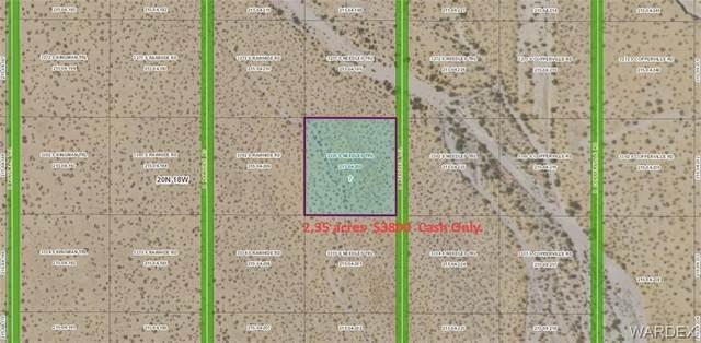 3303 S Needles Trail, Golden Valley, AZ 86413 (MLS #982215) :: AZ Properties Team | RE/MAX Preferred Professionals