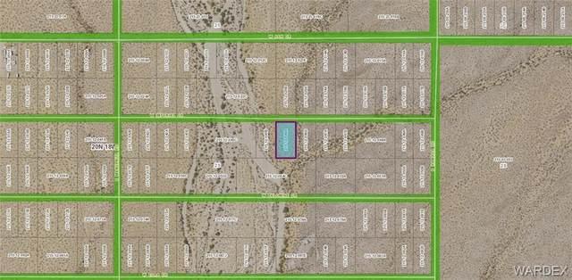 5366 W Imperial Drive, Golden Valley, AZ 86413 (MLS #983279) :: The Lander Team