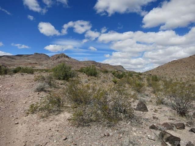 Unk N Zuni, Golden Valley, AZ 86413 (MLS #983357) :: The Lander Team